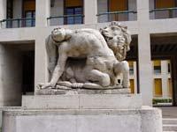 Dino Basaldella: Leone in lotta col centauro
