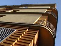 dettaglio palazzina residenziale in via Lima 4